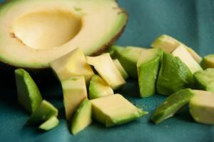avocado snijden gesneden