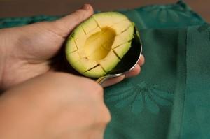 avocado snijden uitlepelen