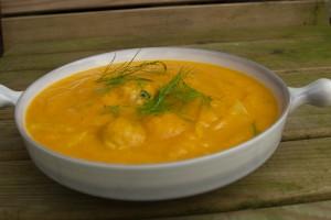 wortel venkel soep met kipballetjes