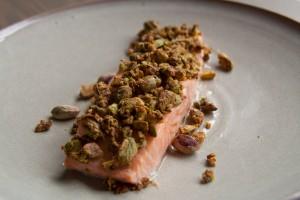 zalm met pistachekorst