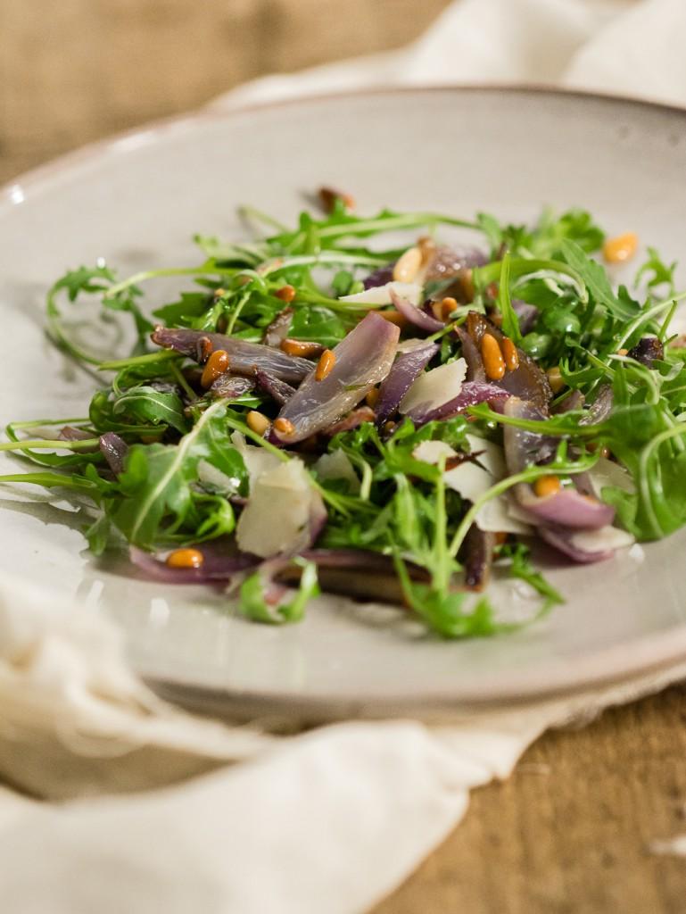 Warme rucola salade