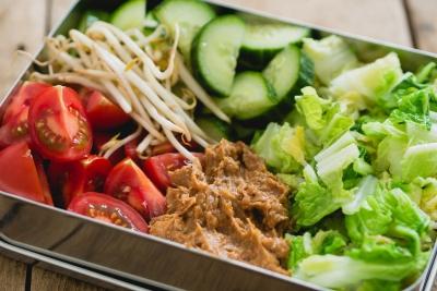 Gado gado lunchbox | Lekkere lunchbox