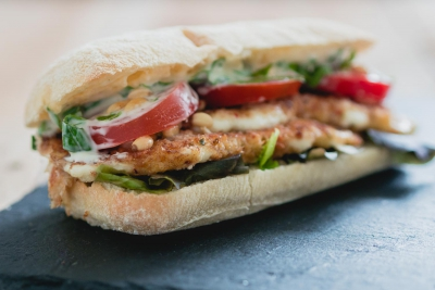 Vegetarische mozzarella burger | snelle keuken