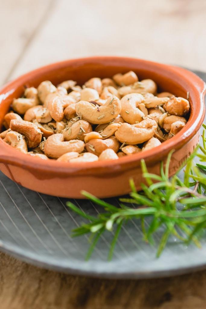 Rozemarijn cashewnoten | hapjes tijd