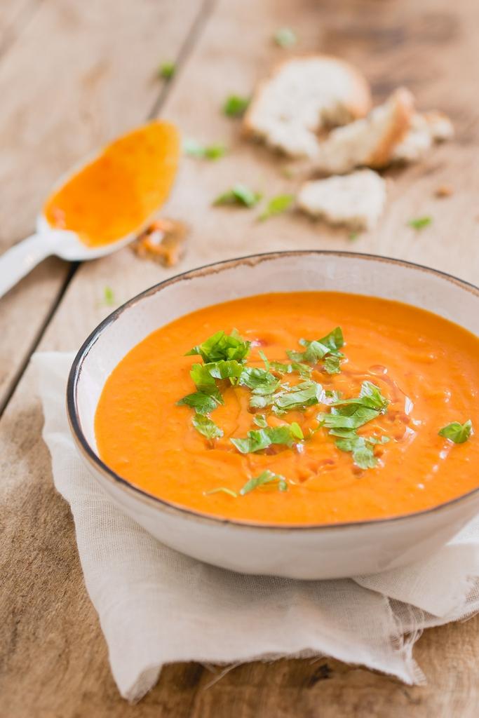 Zoete aardappel, paprika soep | Snelle keuken