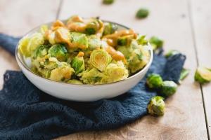kerriestamppot met geroosterde spruitjes | foodblogswap